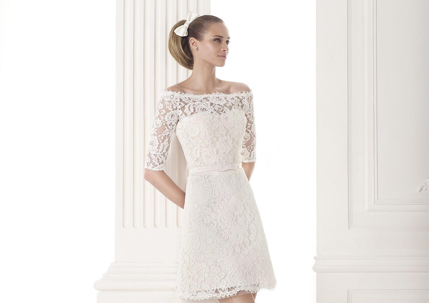 Vestidos de novias cortos.