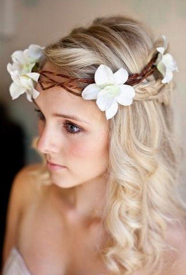 Peinados Con Corona De Flores Para Novias